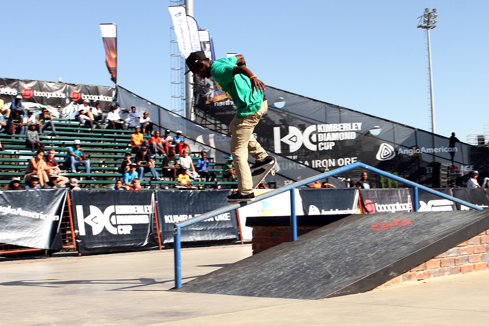 Khule Ngubane nollie nosegrind during the Hood to Hood skateboarding contest