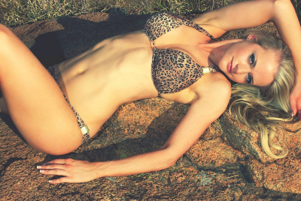 Laura Danielz show why she is one of the sexies South African babes