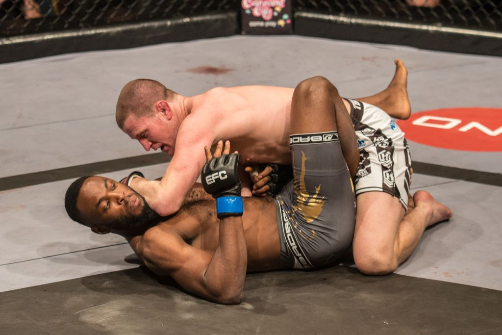 Speechly crowned the new EFC Africa Welterweight Champion