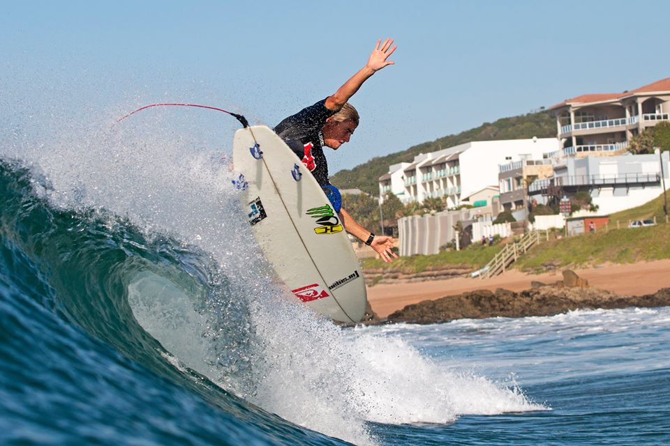 Beyrick De Vries surfing his way to victory at the 2nd leg of the Quiksilver Takes One To Know one series