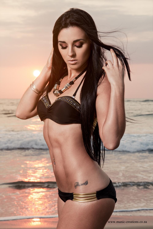 bikini babe roxy barker | babes | lw mag