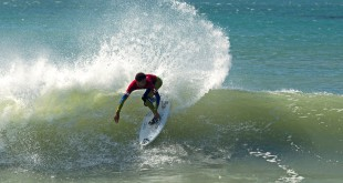 Michael February surfing his way to the win at the opening round of the Quiksilver Get Free Series