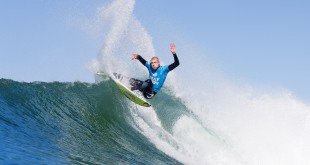 Mick Fanning surfing his way into the final at the JBay Open