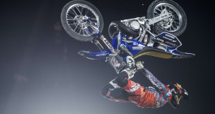 Clinton Moor wins the 2015 Red Bull X-Fighters World Tour