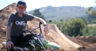 See what MTB riders Sam Reynolds and Matt Macduff have been up to in the second week of the Pure Darkness 3 build