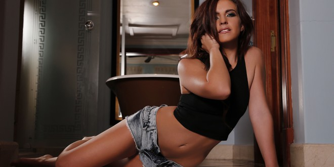 LW Babe Bianca Faccio