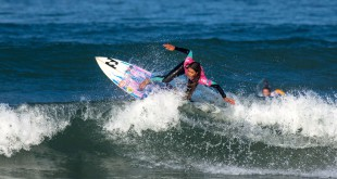 Tanika Hoffman surfing her way to victory at the Cape Town Pro