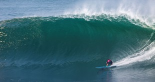Grant Twiggy Baker surfing his way to victory in round 1 of the WSL Big Wave Tour