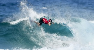 Jordan Maree surfing his way into the Final at the Billabong Junior Series