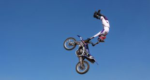 We talk Freestyle Motocross with Dallan Goldman