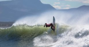Joshe Faulkner surfing to victory in the qualifying rounds at the 2016 Billabong SA Junior Champs
