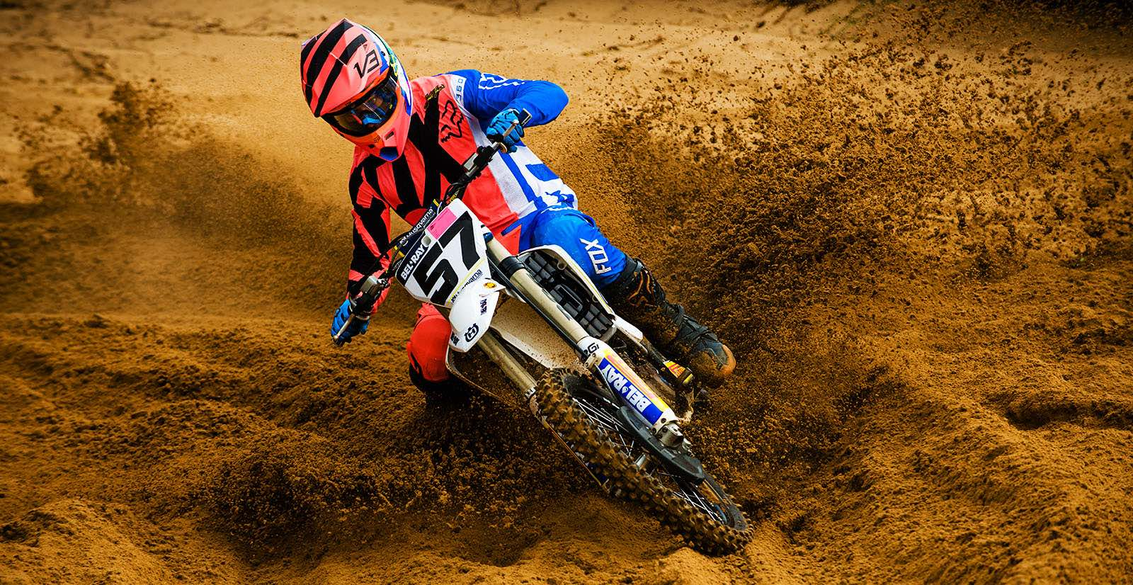 Maddy Malan racing his way to victory at Round 1 of the SA MX Nationals
