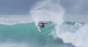 Filipe Toledo surfing his way to victory at the Corona Open J-Bay