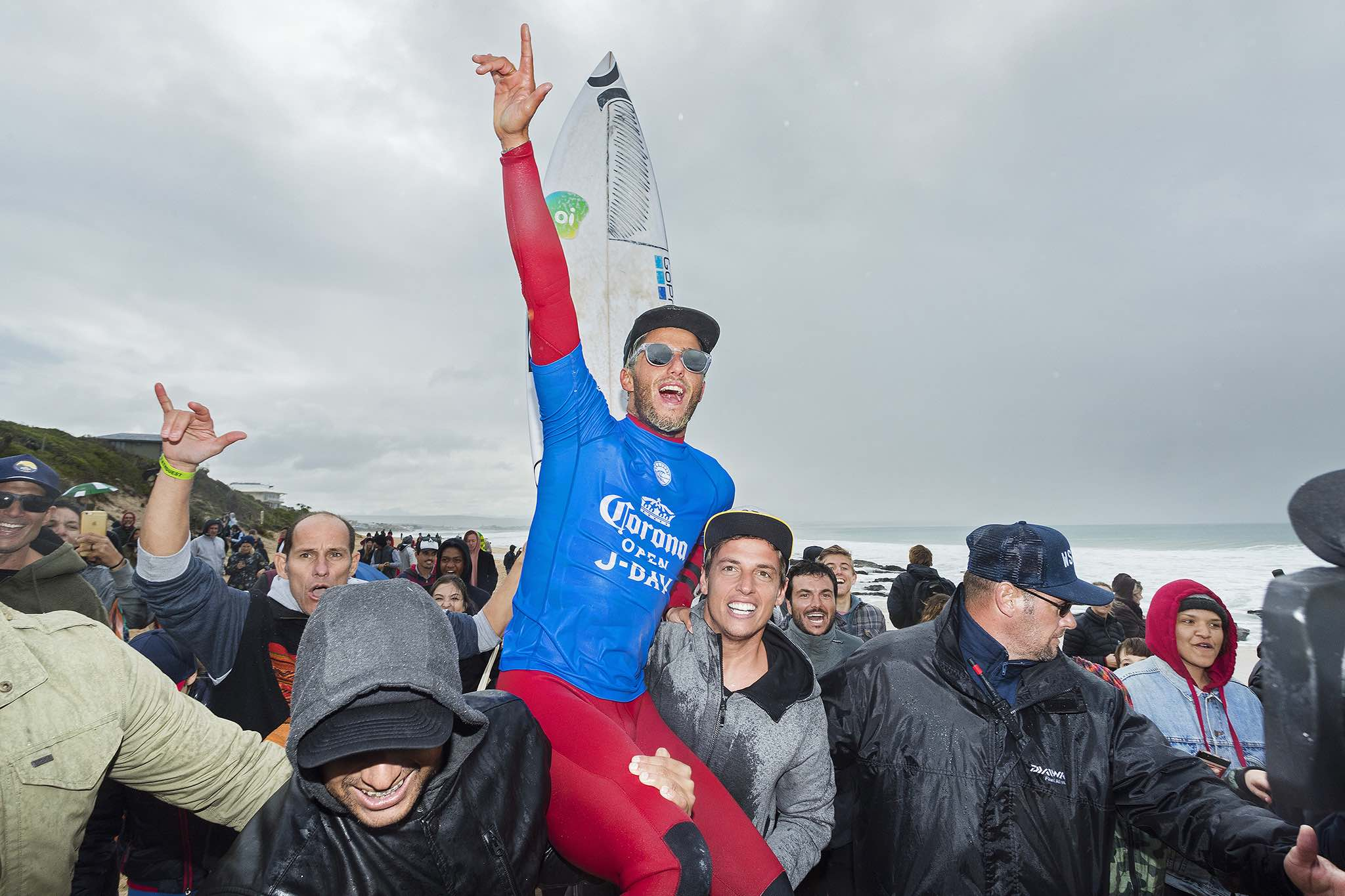 Filipe Toledo winning the 2017 Corona Open J-Bay