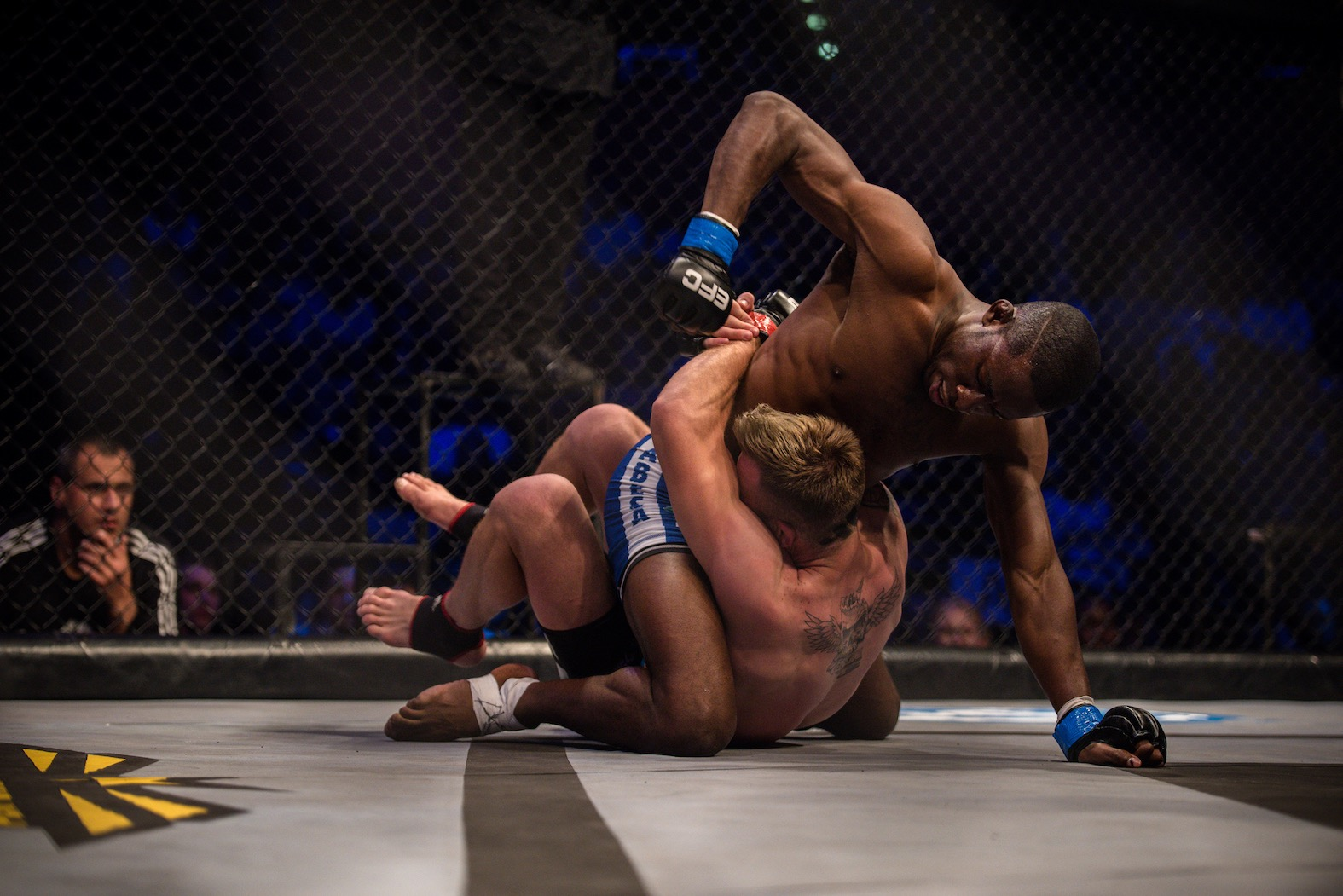 Featherweight Title Fight between Igeu Kabesa and Pierre Botha