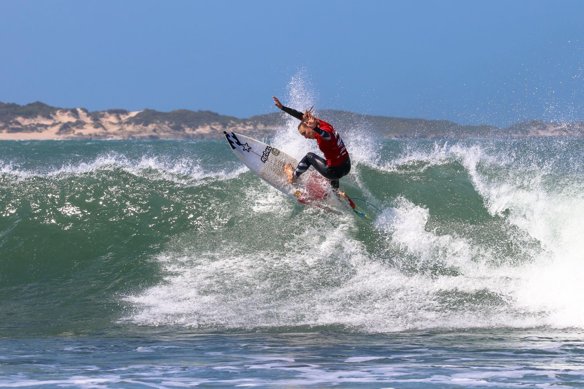 Summer Sutton surfing in the 2017 Billabong Junior Series