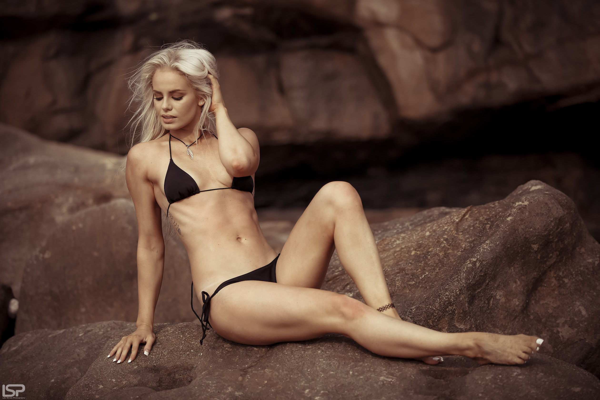 Our SA Girls feature with Amber Elizabeth