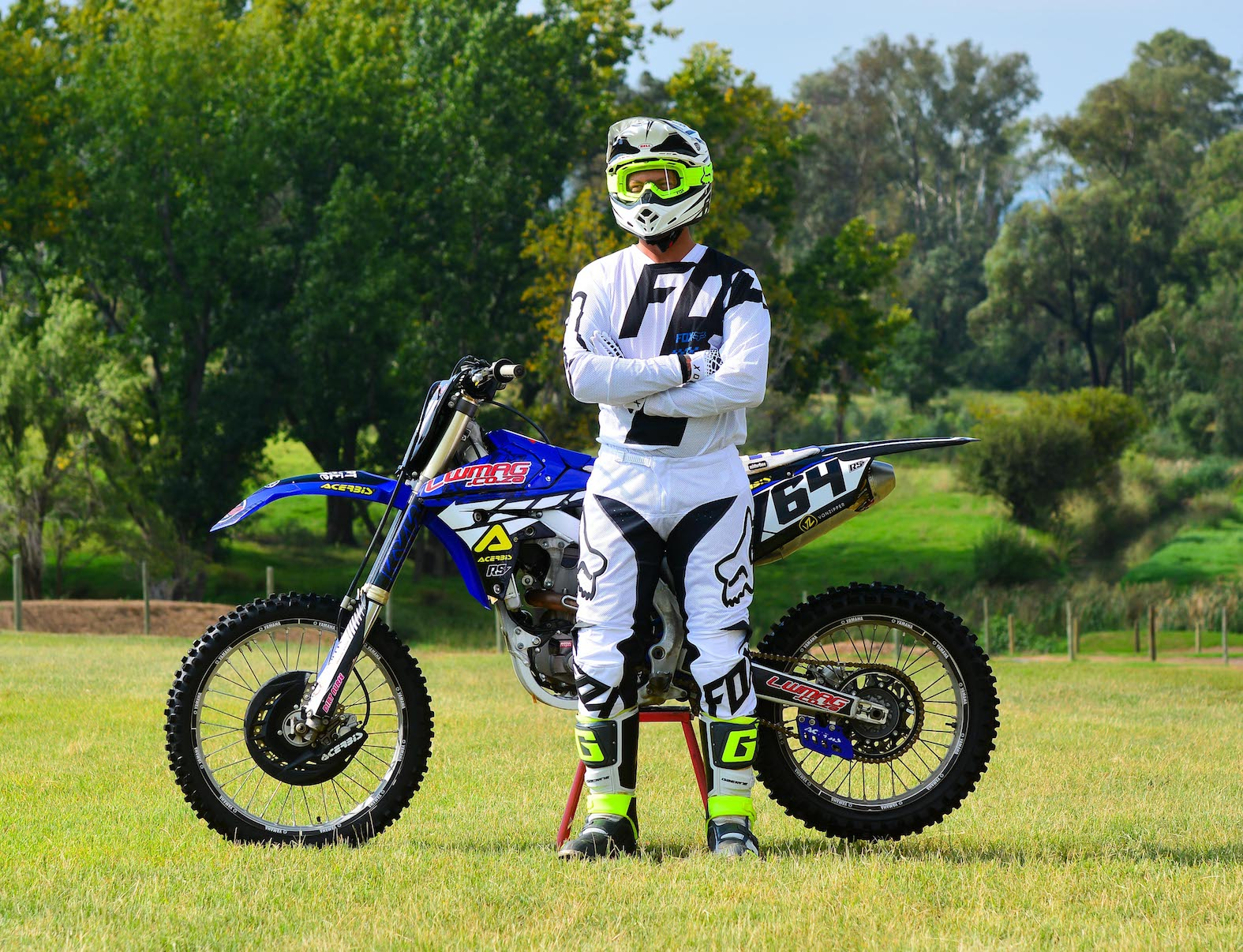 We review the 2018 Fox 180 Mastar Airline motocross kit