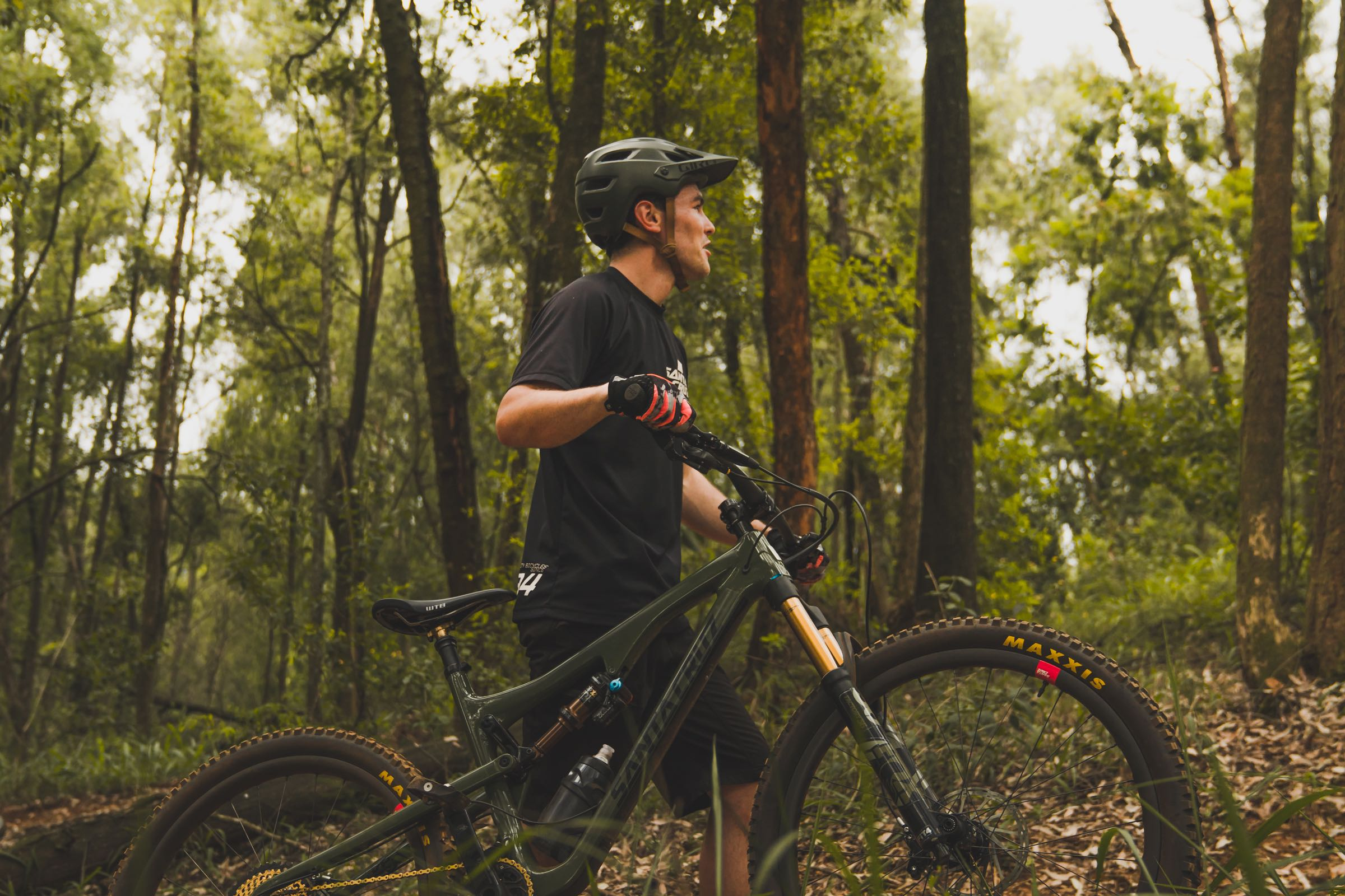 Sam Bull onboard his 2018 Santa Cruz Bronson