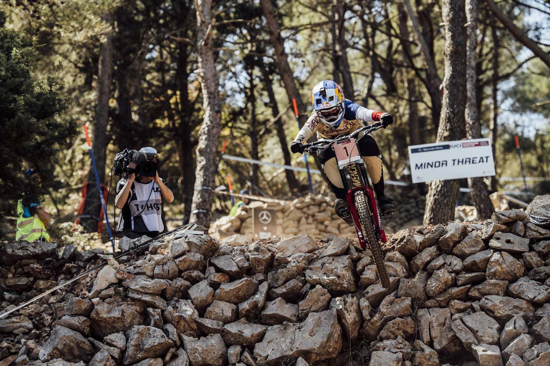 Myriam Nicole wins the 2018 Downhill MTB World Cup in Losinj, Croatia