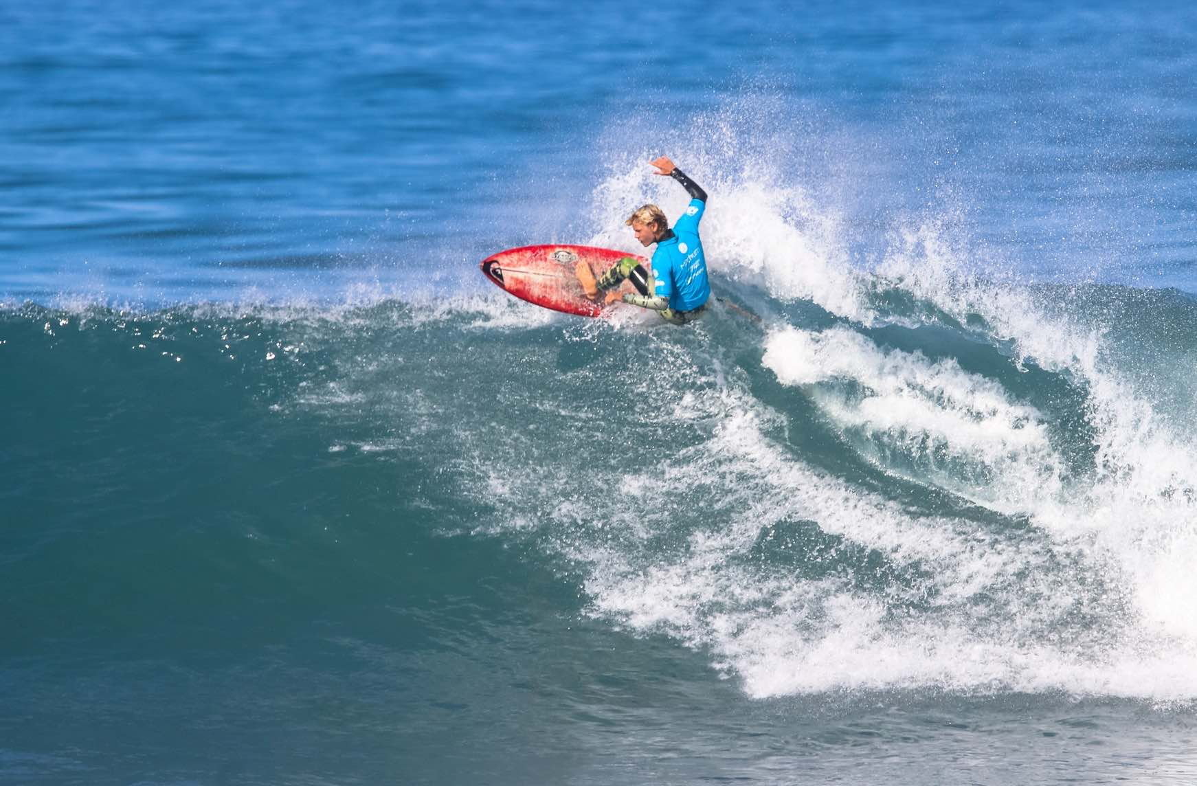Luke Thompson surfing his way to victory at the Mitchum Buffalo City Surf Pro
