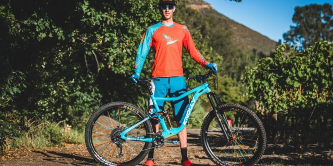Martin Zietsman 2018 Pre-Production Knolly Fugitive Bike Check