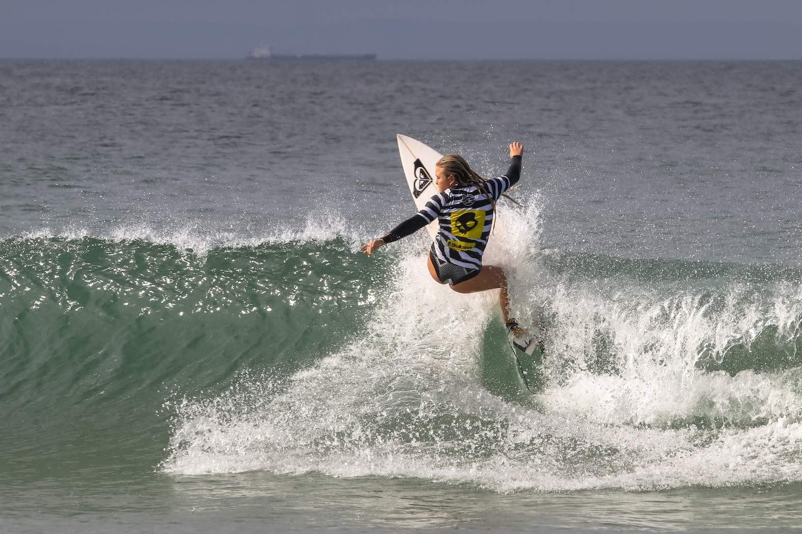 Sophie Bell surfing in the Volkswagen Nelson Mandela Bay Surf Pro