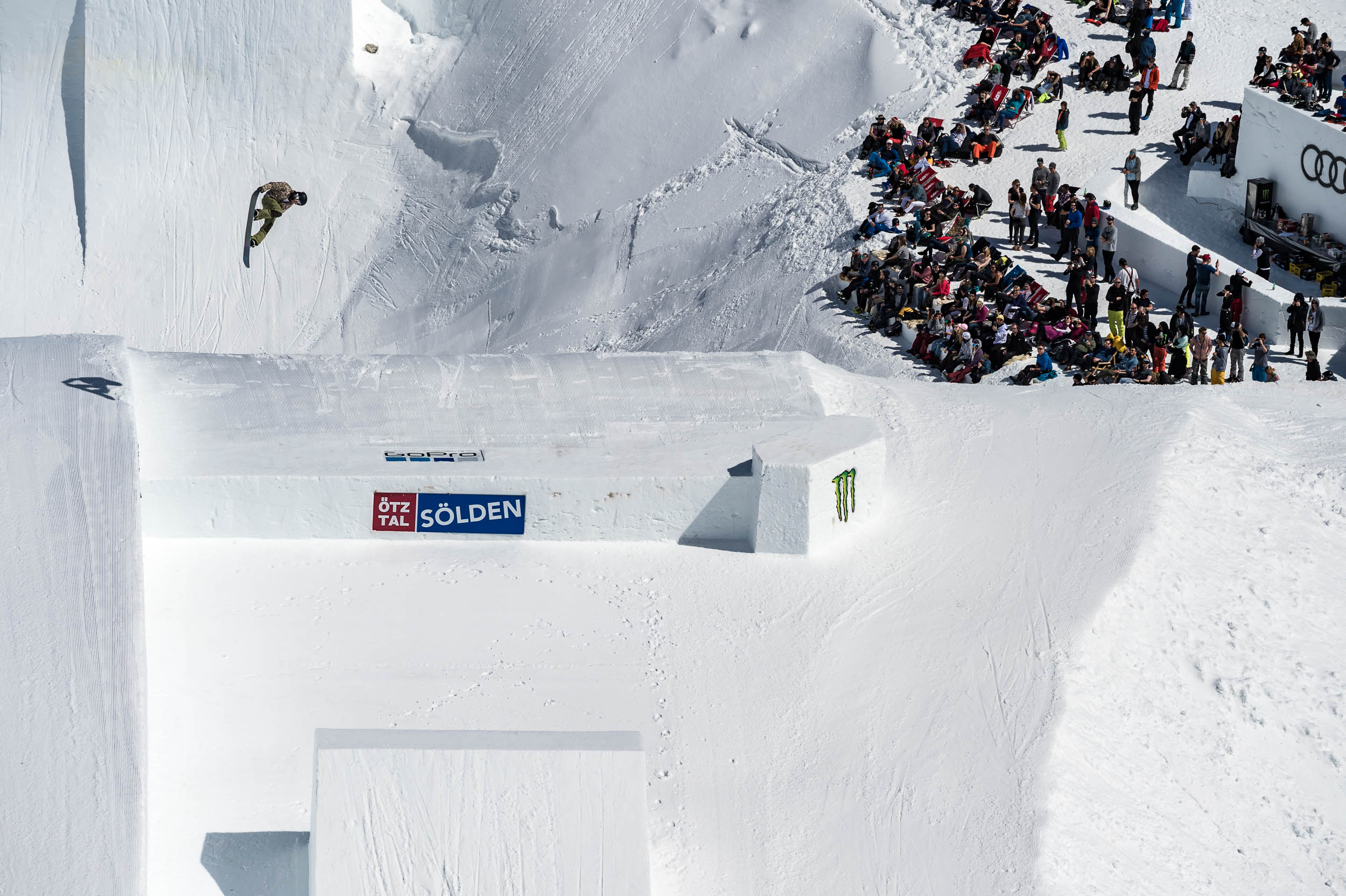 Clemens Millauer winning the Snowboard Big Air finals at The Audi Nines 2018