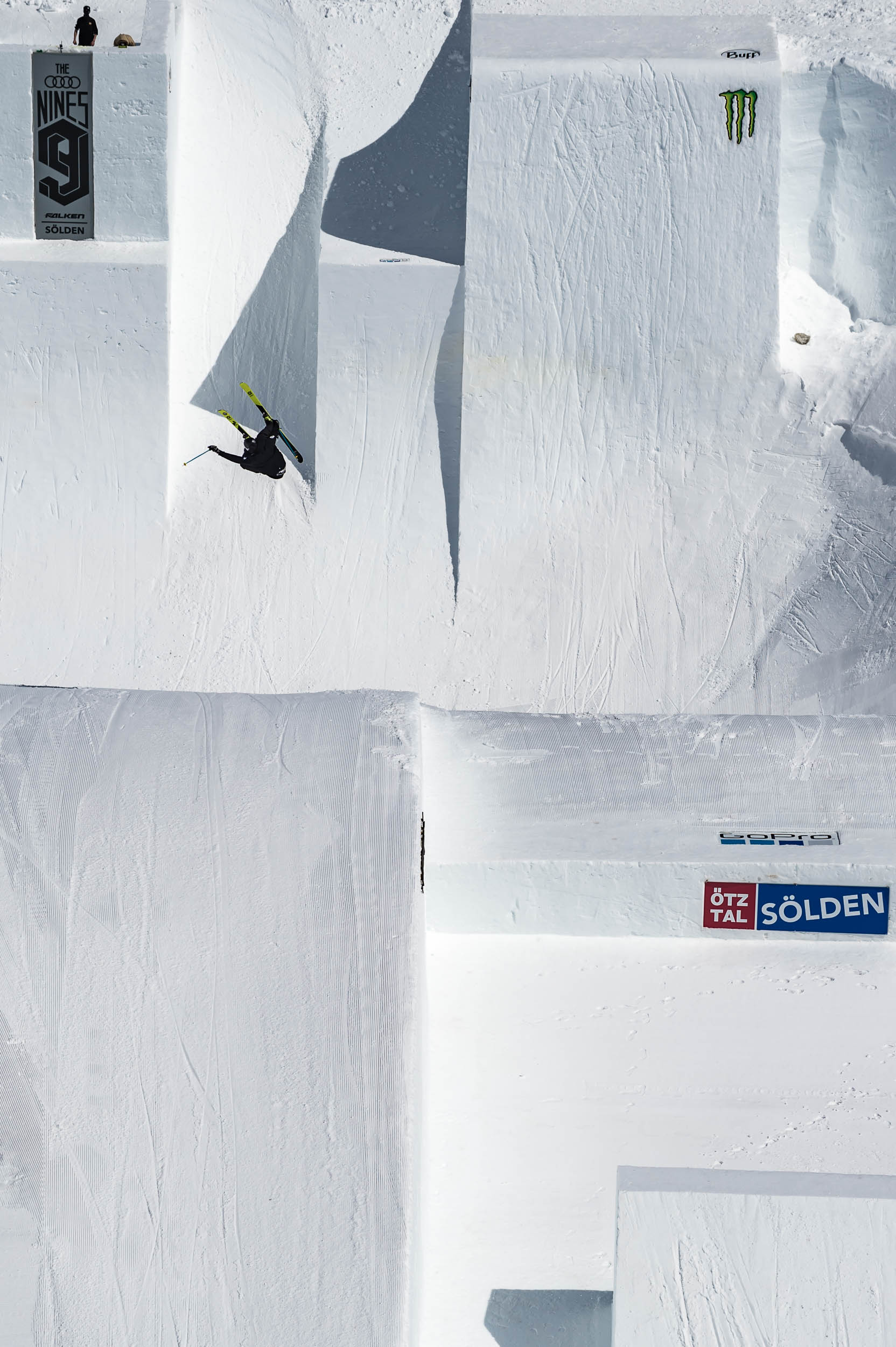 Andri Ragettli winning the Skier Big air at the 2018 Audi Nines
