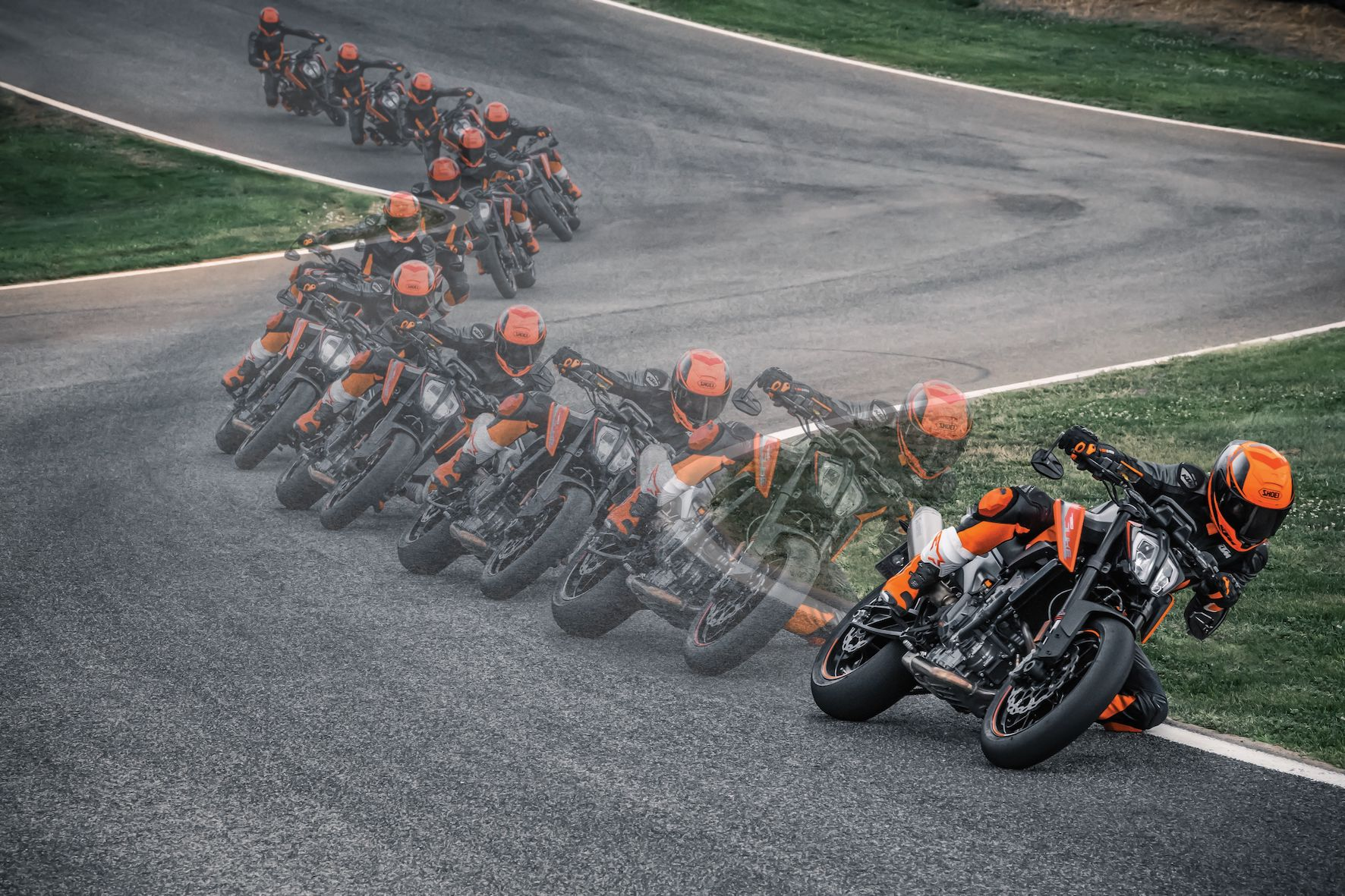 The KTM 790 Duke is as happy commuting to work as it is chasing down a set of twisty turns