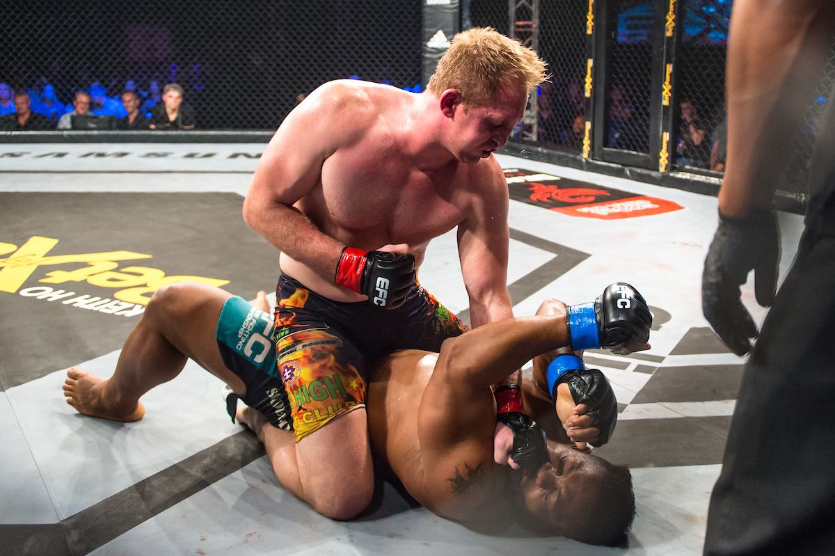 Steve Nwosu vs Quinton Rossouw
