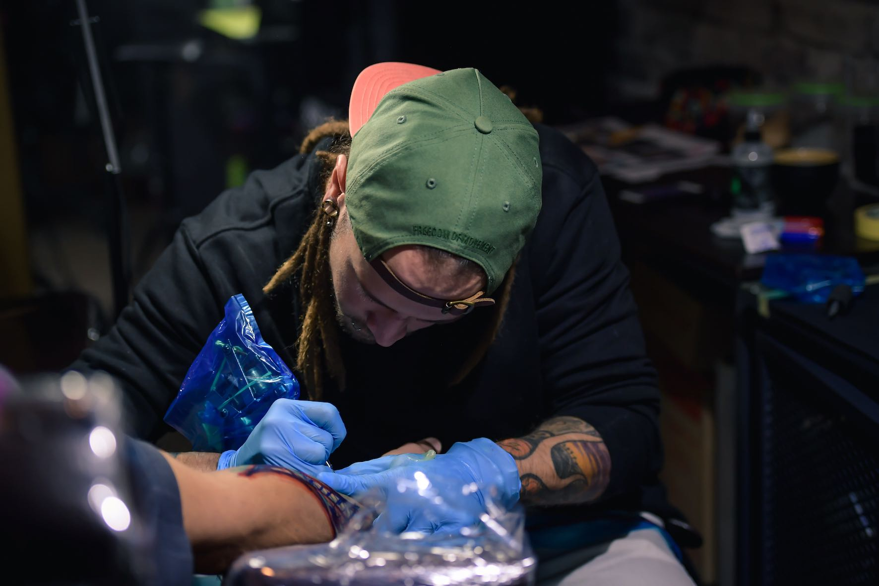 Sean Pengilly working out of Sally Mustang Tattoos