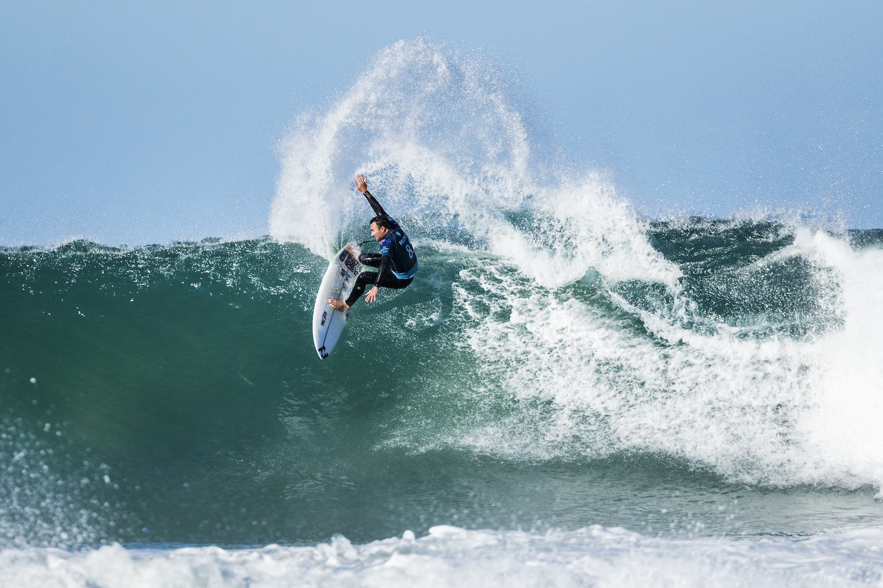 Joel Parkinson surfing in the 2018 Corona Open J-Bay