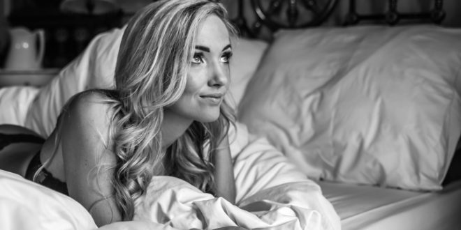 LW Babe Danielle De Villiers