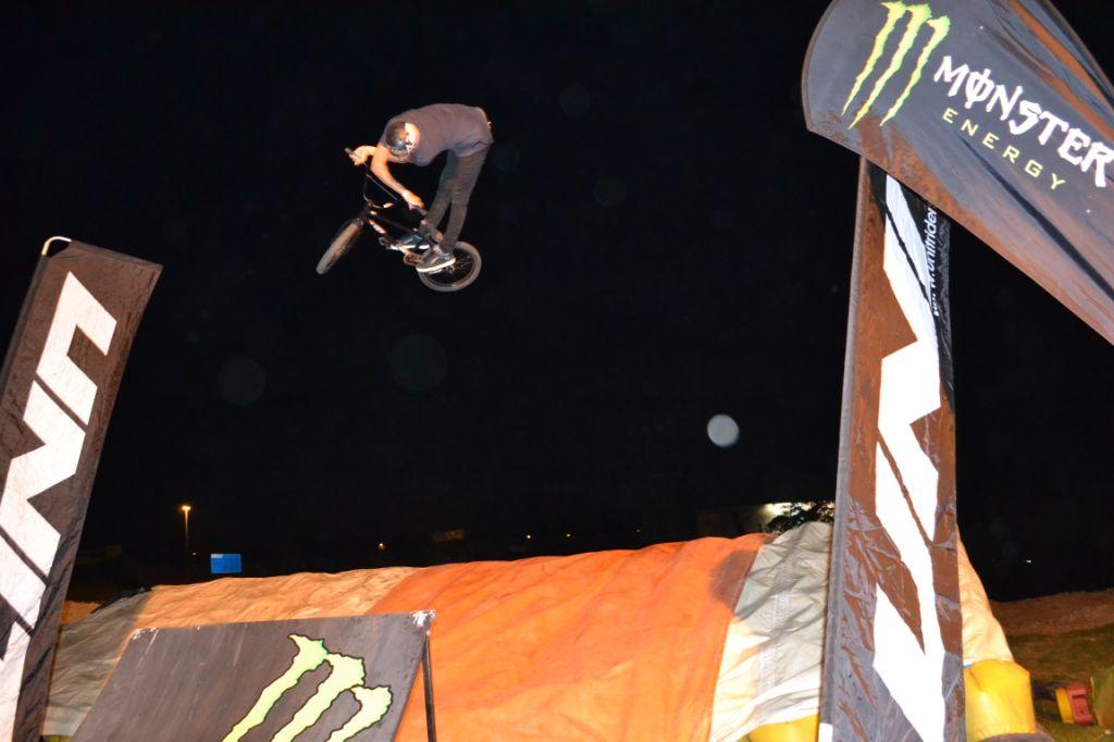 BMX Best Trick Bag Jump Comp | LW Mag