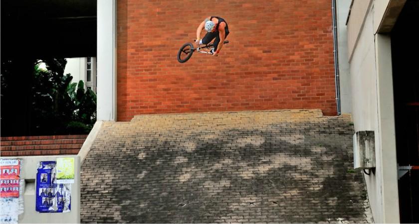 BMX Stuart Loudon Mongoose 2013