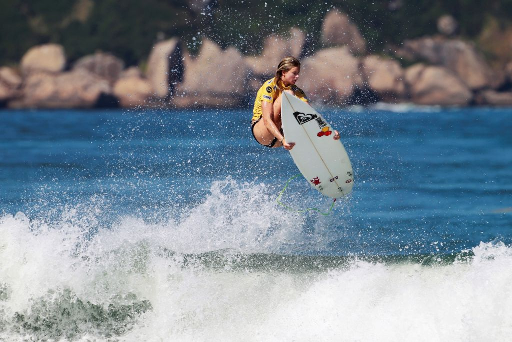 Bianca Buitendag shows the form that makes her one of the top contenders for the women's surfing title