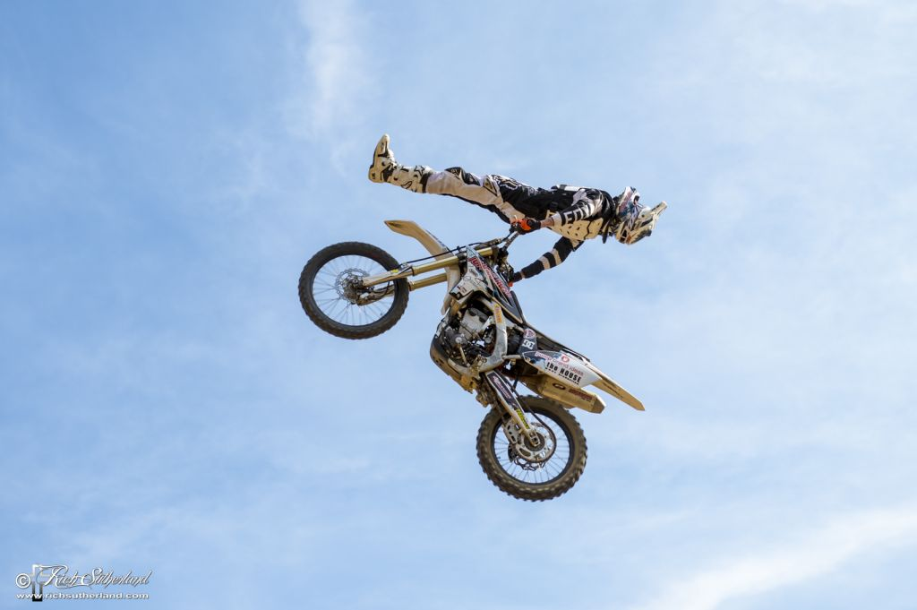 Mike Oysten taking the win in the Pro-Am Freestyle Motocross comp