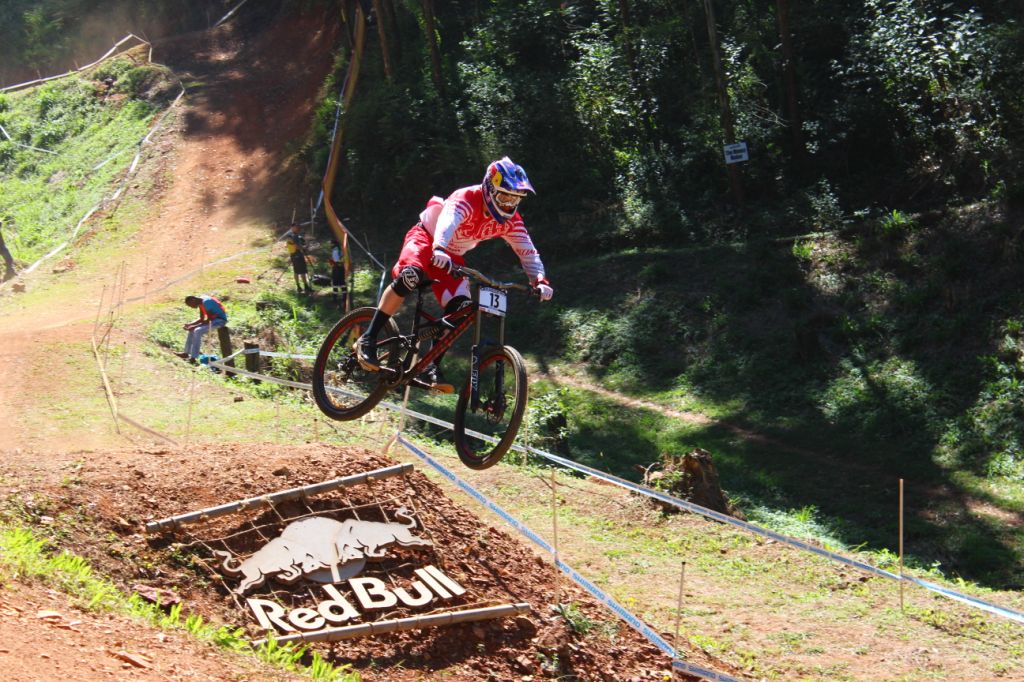 Aaron Gwin takes the win at the Donwhill MTB World Cup season opener