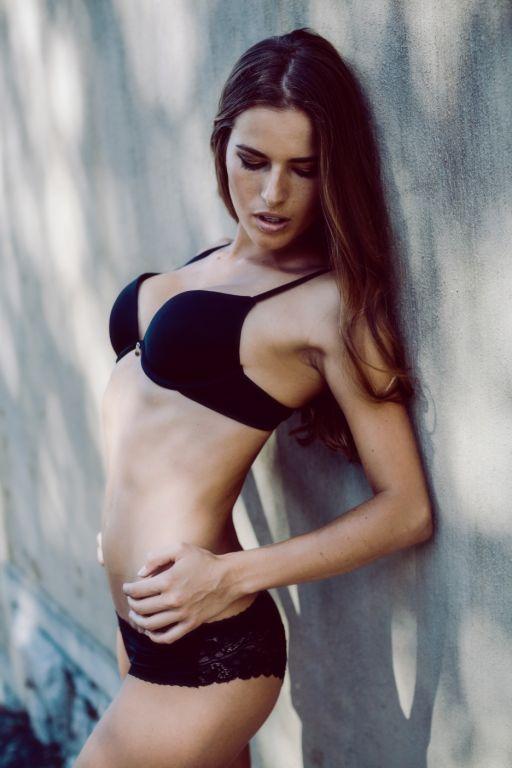 Nicole Naude  nackt