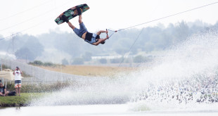Tommy Swaan Wakeboarding his way to victory at the Reawakening event