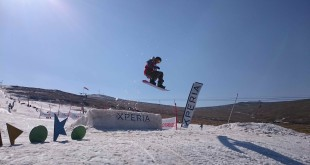 Liam Roy claiming victory in the Pro Mens snowboarding division