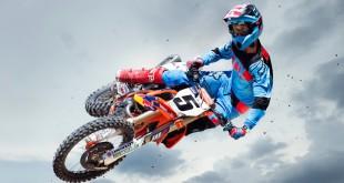 We interview Ryan Dungey about the new Fox FLEXAIR motocross gear set