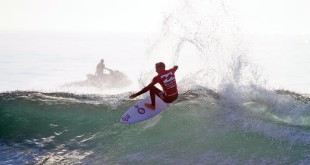 Dylan Lightfoot surfing his way to the Billabong Junior Series win
