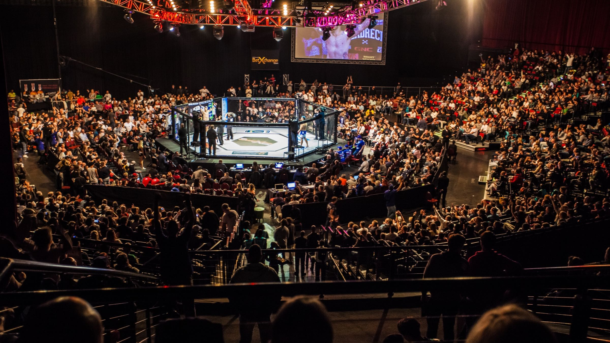 Mixed Martial Arts hits Cape Town for EFC 48