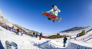 Snowboarding and Skiing slopestyle at its best at the 2016 Xperia Winter Whip