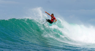 Calvin Goor surfing his way to the Billabong Junior Series final