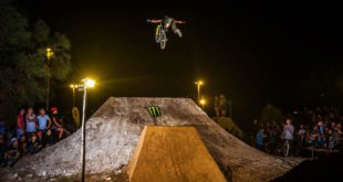 Witness the action from Africa's biggest BMX and MTB dirt jump competition, The Night Harvest in this highlights video