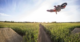 Watch the seven-time champ, Ryan Dungey, put his riding on display in a one-of-a-kind 10-acre cornfield turned motocross track - Homegrown: