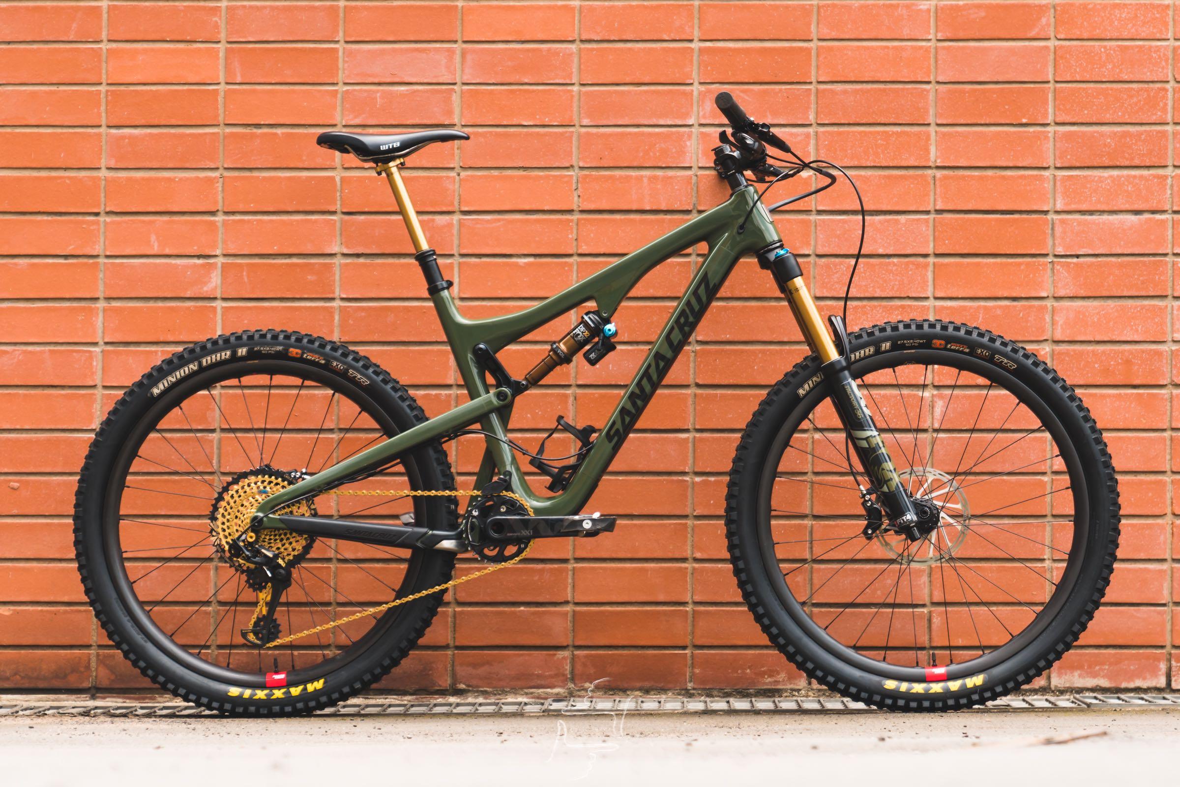 Bike check with Sam Bull's 2018 Santa Cruz Bronson Enduro MTB